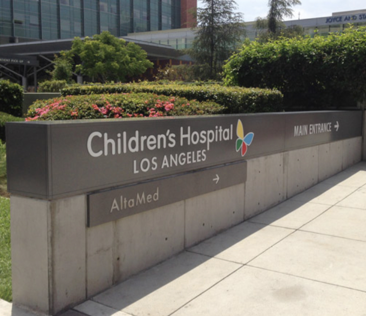 children's hospital channel letters sign specialists